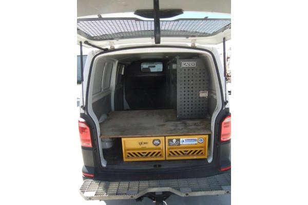 2018 Other Transporter Van Image 4