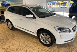 Volvo XC60 D4 Luxury (No Series) MY16