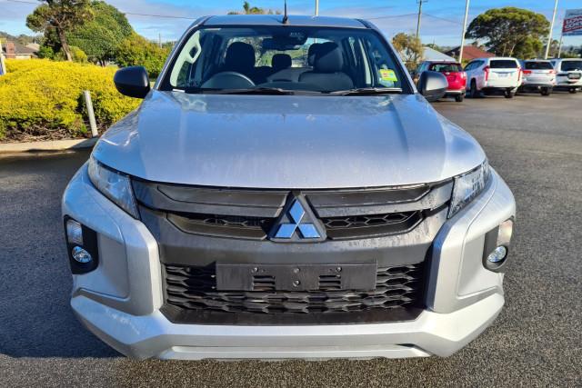 2019 MY20 Mitsubishi Mitsubishi Triton MR  GLX+ Utility - dual cab Image 2