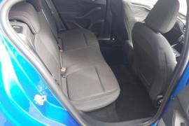 2019 MY19.75 Ford Focus SA  ST-Line Hatchback Mobile Image 19