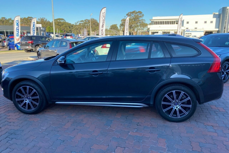 2015 MY16 Volvo V60 Cross Country F Series MY16 D4 Geartronic AWD Luxury Wagon