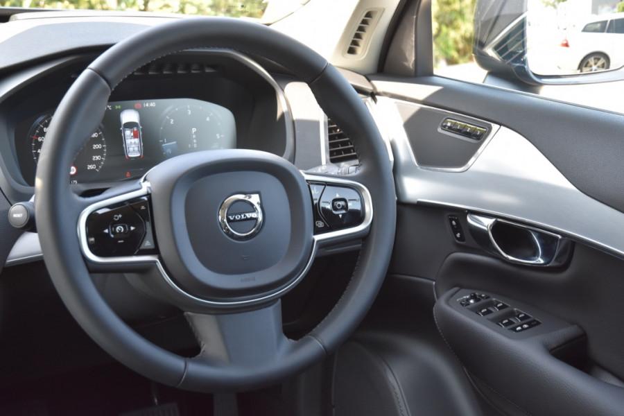 2019 Volvo XC90 L Series D5 Momentum Suv Image 9