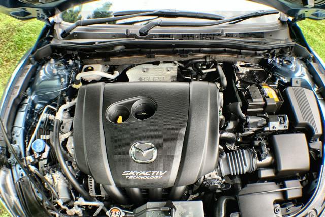 2016 Mazda 6 GJ1032 Touring Sedan