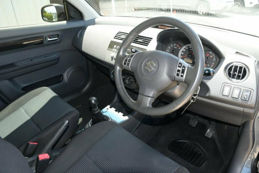 2009 Suzuki Swift RS415 GLX Hatchback Image 9