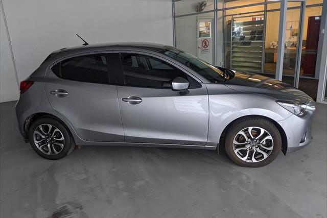 2016 Mazda Mazda2 DJ2HA6 Genki Hatchback Image 4