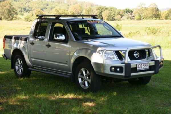 Nissan Navara ST-X D40 S5 MY12