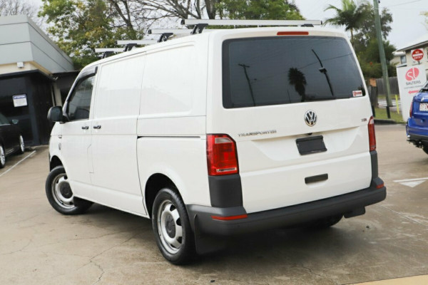 2016 MY17 Volkswagen Transporter T6 MY17 TDI400 SWB DSG Van Image 2