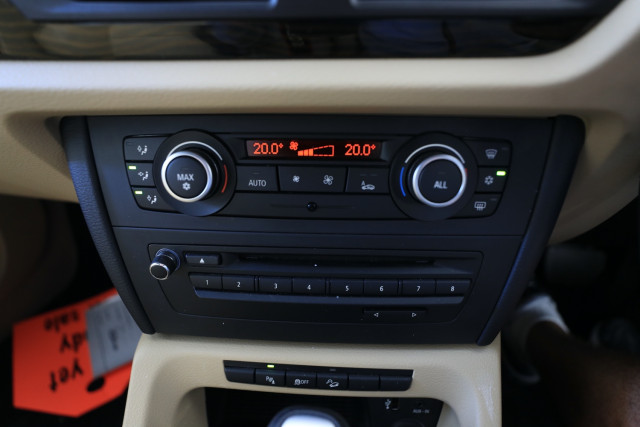 2012 BMW X1 E84 MY0312 xDrive23d Suv Image 17