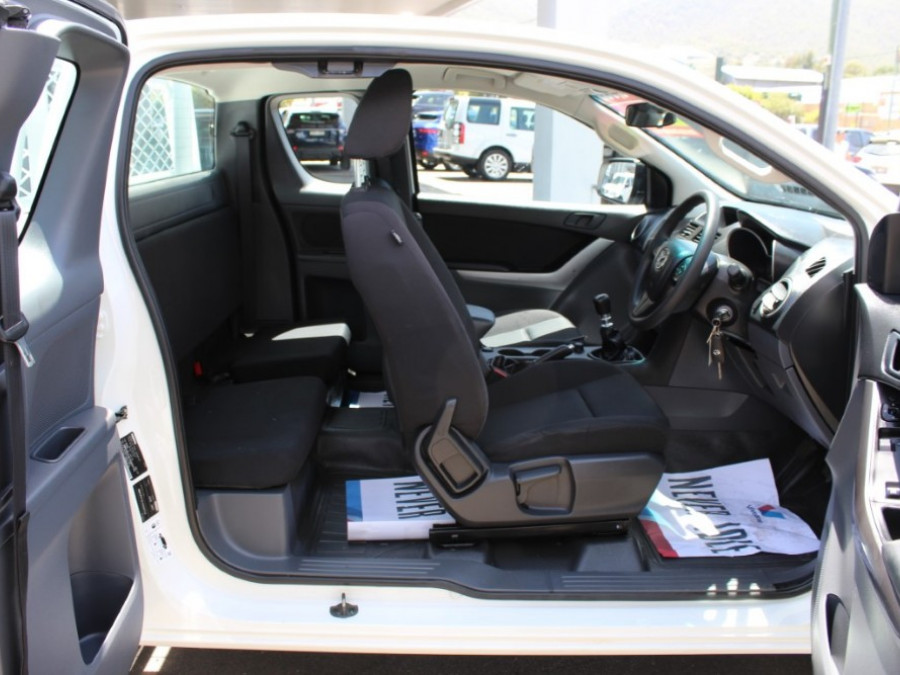 2017 Mazda BT-50 UR0YG1 XT Cab chassis - extended cab