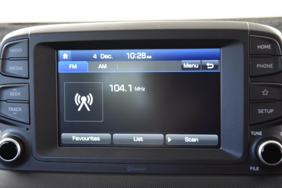 2017 MY18 Hyundai Kona OS Active Suv
