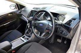 2016 Ford Escape ZG AMBIENTE Suv image 4