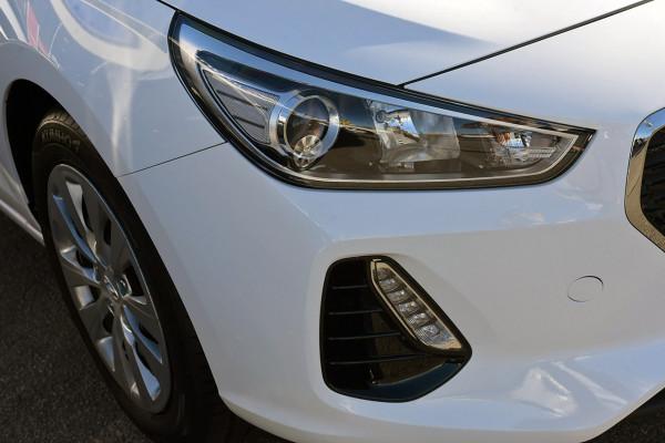 2019 Hyundai i30 PD2 Go Sedan Image 3