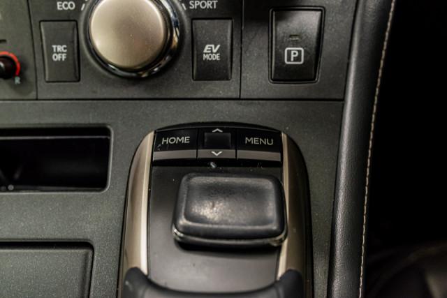 2016 Lexus Ct Hatchback Image 30