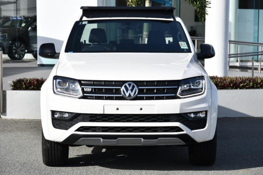 2019 MYV6 Volkswagen Amarok 2H Highline Black 580 Utility