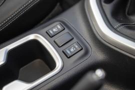 2018 Nissan Navara D23 Series 3 ST-X Utility Image 5