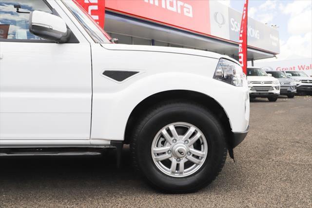 2020 MY19 Mahindra Pik-Up Dual Cab 4x4 S10 Black mHawk Utility Image 5