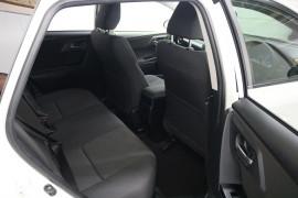 2016 Toyota Corolla ZRE182R ASCENT SPORT Hatchback Image 5