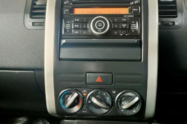 2010 Nissan X-Trail T31  TS Suv Mobile Image 17