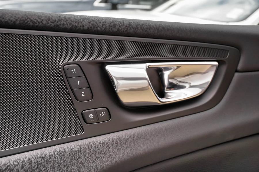 2019 Volvo XC60 UZ D4 Inscription Suv Image 14