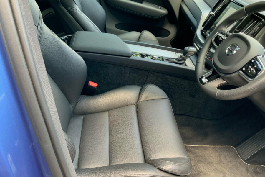 2018 MY19 Volvo XC60 246 MY19 D5 R-Design (AWD) Suv Mobile Image 22