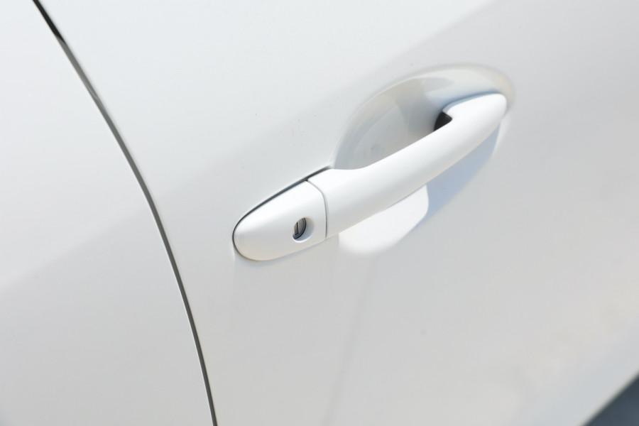 2018 Mazda 3 BN5478 Maxx Hatchback Image 6