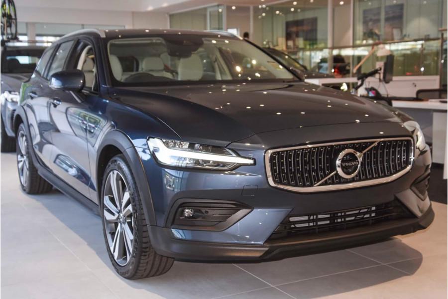 2021 MY22 Volvo V60 Z-Series B5 Cross Country Wagon