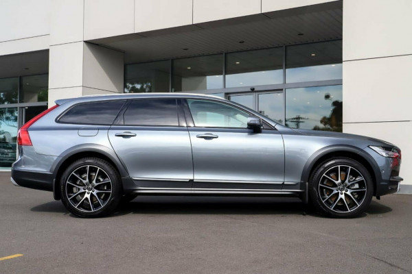 2019 MY20 Volvo V90 Cross Country D5 Image 5