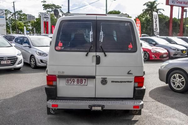 1995 Volkswagen Transporter T4 Van Image 5