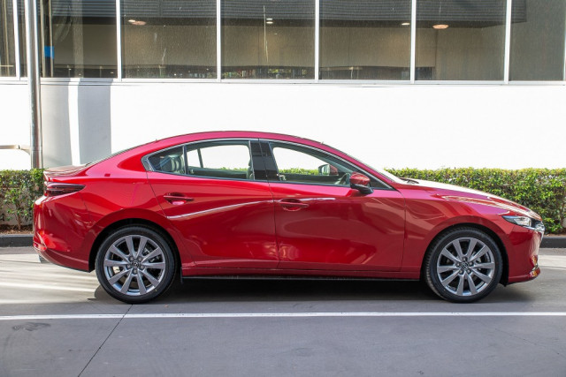 2019 Mazda 3 BP G20 Touring Sedan Sedan Image 5