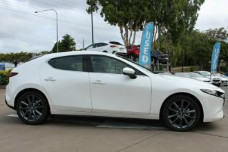 2021 Mazda 3 BP G20 Touring Hatchback image 10