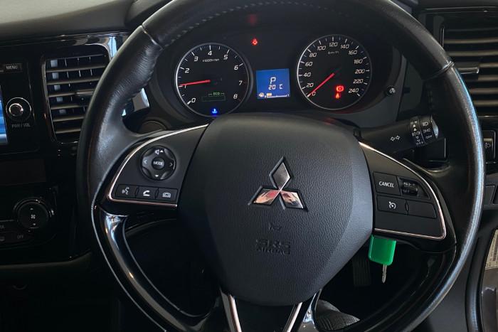 2015 MY16 Mitsubishi Outlander ZK MY16 LS Suv Image 24
