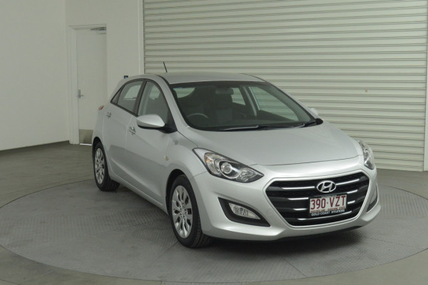 2015 MY16 Hyundai i30 GD3 Series II Active Hatchback Image 4