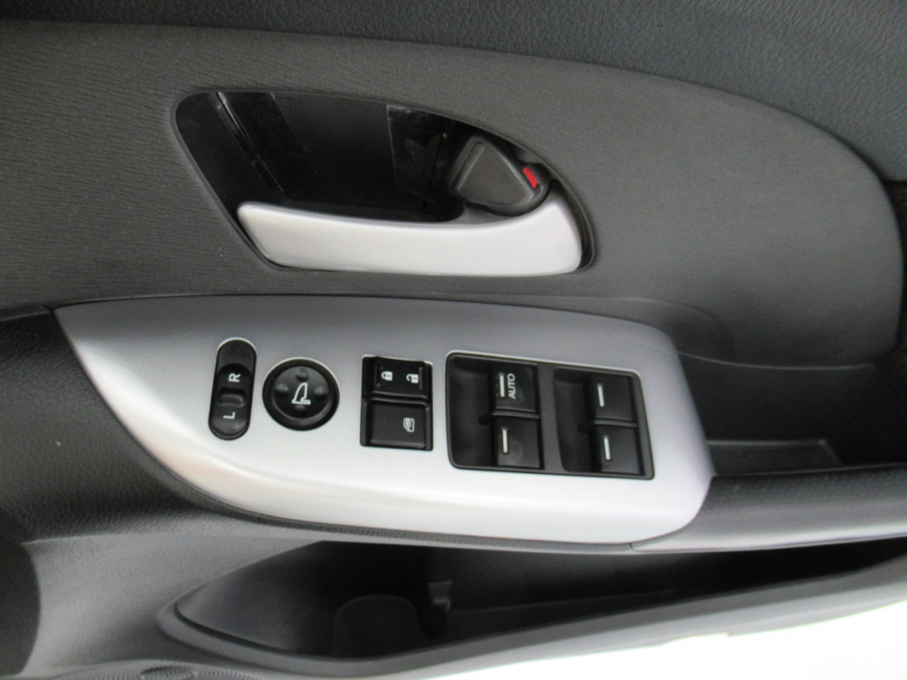 2013 Honda Odyssey 4TH GEN MY13 Wagon Image 22
