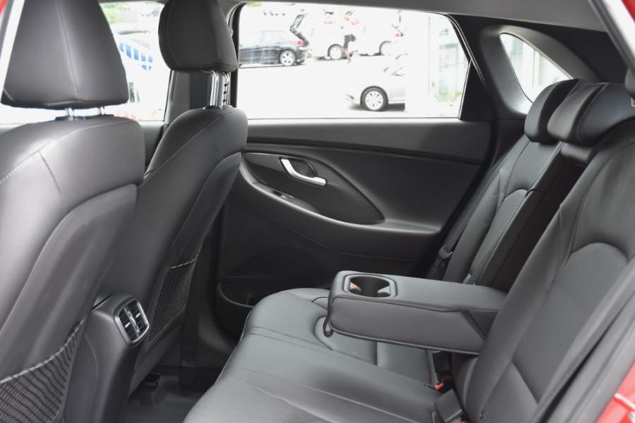 2019 Hyundai i30 PD2 Elite Hatchback Image 7
