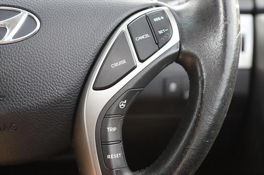 2012 Hyundai I30 GD Elite Hatchback Image 19