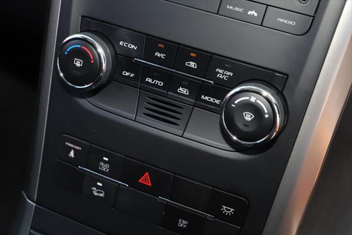 2020 MY19 Mahindra XUV500 W6 FWD Suv Image 16