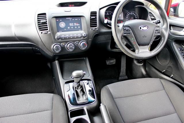 2017 Kia Cerato YD  S Hatchback Mobile Image 12