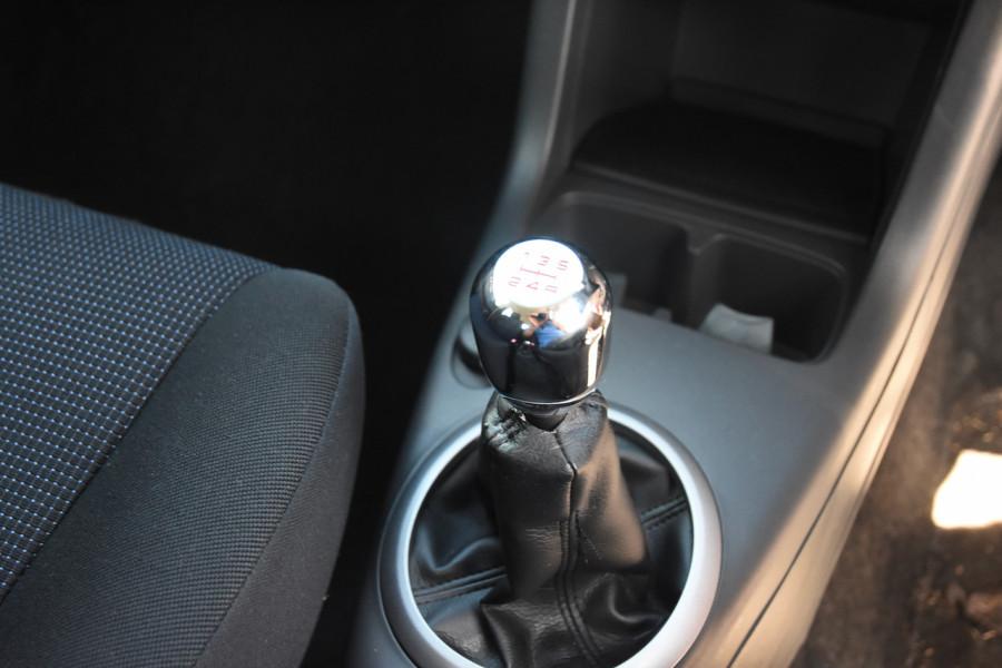 2006 Suzuki Swift RS415 RS415 Hatchback Image 13