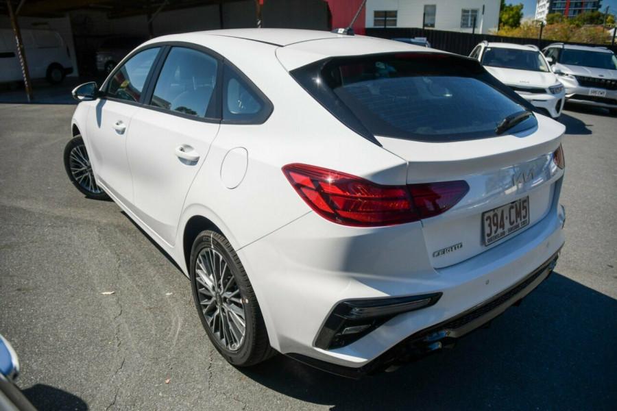 2021 MY22 Kia Cerato BD Sport Hatchback Image 3