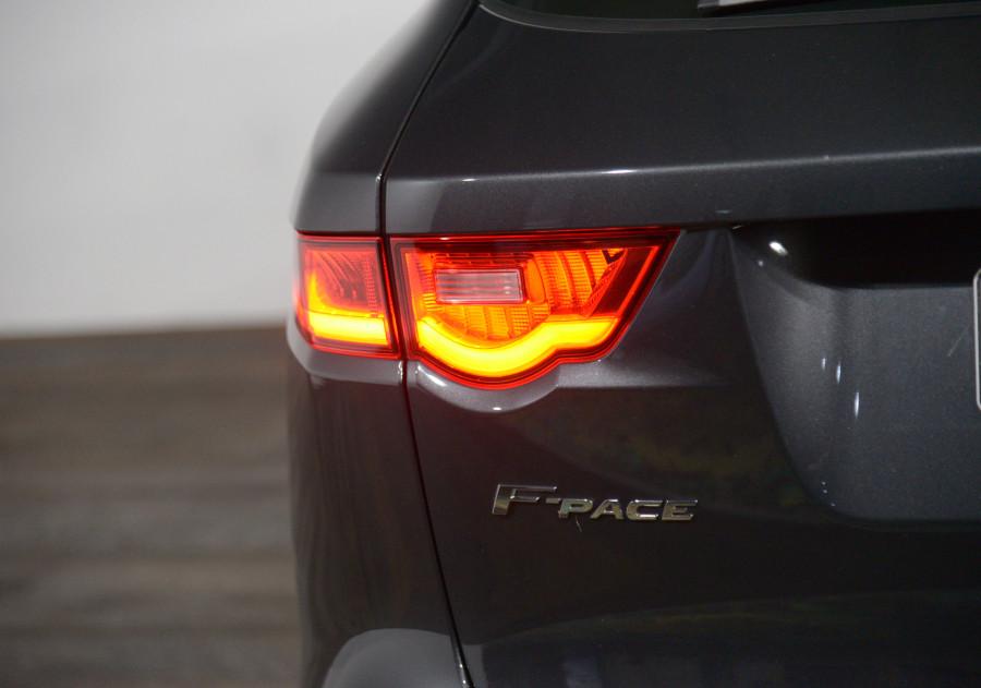 2016 Jaguar F-pace Jaguar F-Pace 20d Prestige Awd Auto 20d Prestige Awd Suv