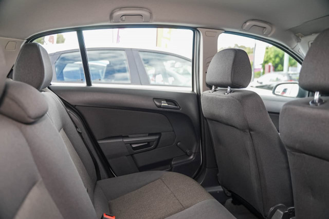 2008 Holden Astra AH MY08.5 60th Anniversary Hatchback Image 10