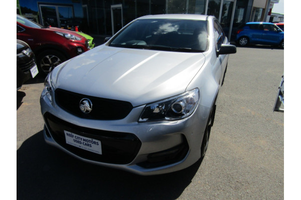2016 Holden Commodore VF II MY16 SV6 Sedan Image 2