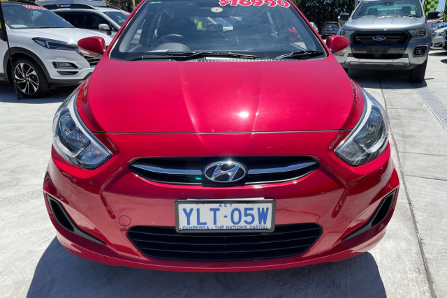 2016 Hyundai Accent Active