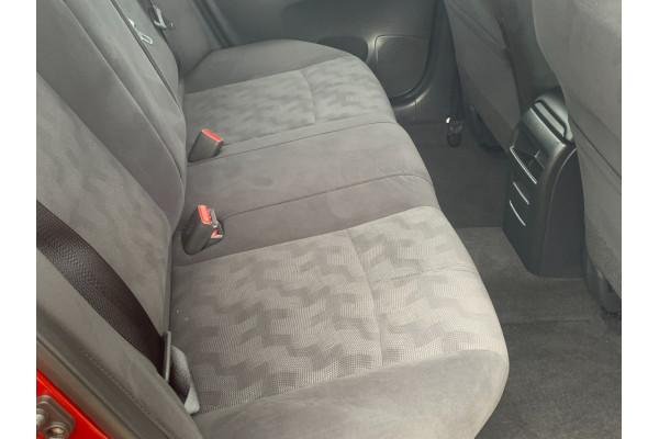 2015 Nissan B17 PULSARMSST2 ST Man Sedan Image 5