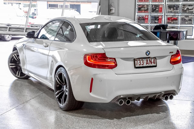 2016 BMW M2 F87 Coupe Image 2