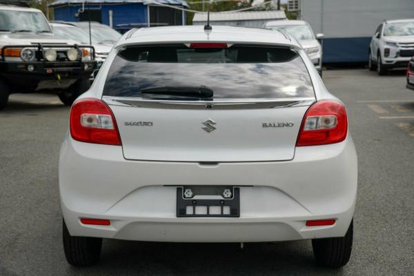 2016 Suzuki Baleno EW GL Hatchback Image 3