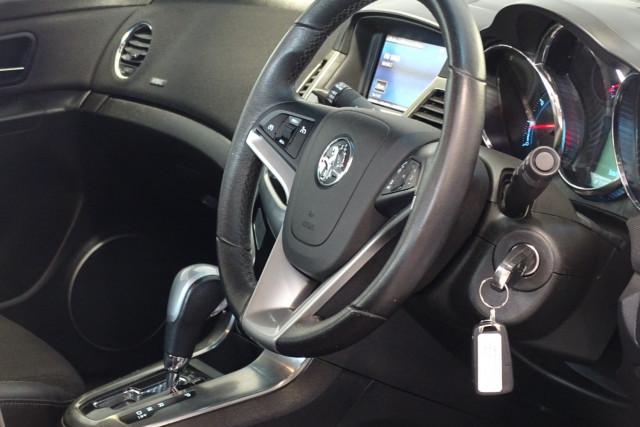 2015 Holden Cruze SRi 17 of 28