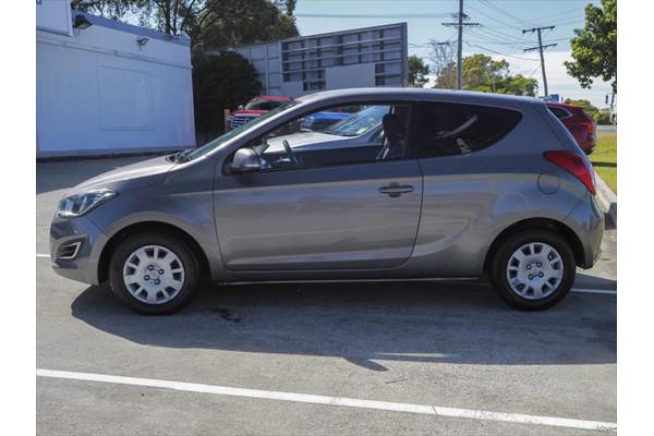 2014 Hyundai I20 PB MY15 Active Hatchback Image 3