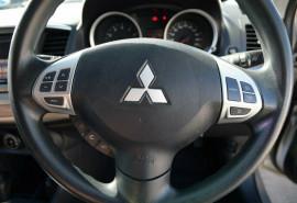 2013 Mitsubishi Lancer CJ MY13 ES Sedan