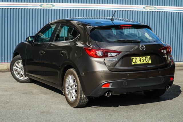 2015 Mazda 3 BM Series Touring Hatchback Image 2